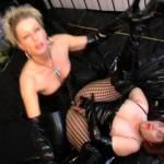 Strapon meine Zofe hart durchgefickt – Domina BDSM Fetisch